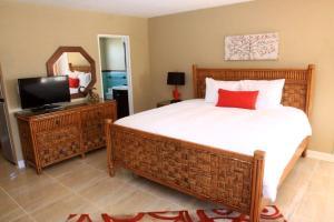 Bamboo Beach Club, Apartments  Clearwater Beach - big - 11