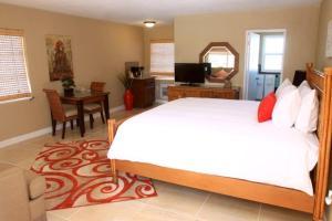 Bamboo Beach Club, Apartments  Clearwater Beach - big - 12