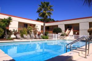 Bamboo Beach Club, Apartments  Clearwater Beach - big - 19