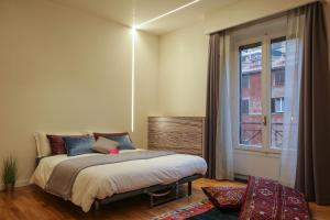 Trevi Fashion Suites, Apartments  Rome - big - 46