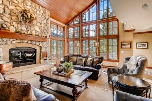 Timberline Lookout Home, Holiday homes  Beaver Creek - big - 1