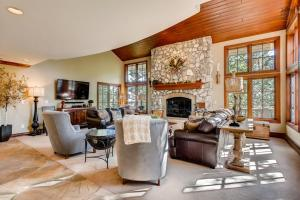 Timberline Lookout Home, Holiday homes  Beaver Creek - big - 20