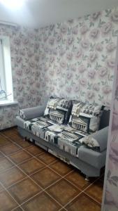 Apartment on Pugacheva Street