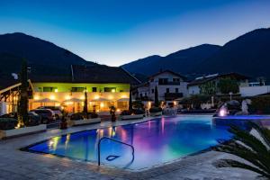 obrázek - Schlosshof Charme Resort – Hotel & Camping