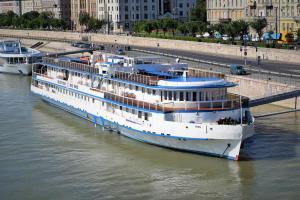 Grand Jules - Boat Hotel, Botely  Budapešť - big - 29