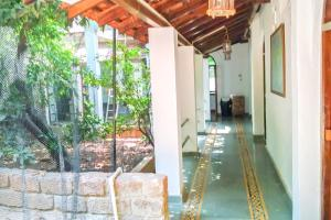Riverside 4BHK Heritage Villa, Ideal For A Large Group Getaway By Guesthouser