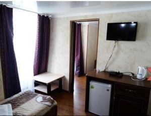 Mihi-hotel Sun-city, Penziony – hostince  Soči - big - 5