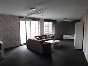 Huge Nice clean apartment @ Rotterdam centre(Róterdam)