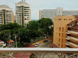 Grand Caribbean Condo by Weiwei, Apartmány  Pattaya South - big - 19