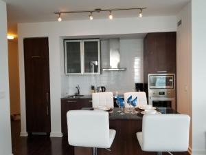 Premium Suites - Furnished Apartments Downtown Toronto, Apartmanok  Toronto - big - 130