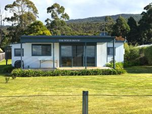The White House - Bruny Island