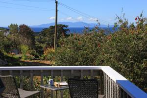 Church Bay Views, Holiday homes  Oneroa - big - 3