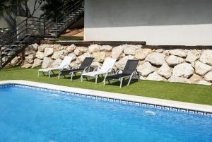 Holiday home Carrer del Puig de Bassegoda, Ferienhäuser  Calafell - big - 36
