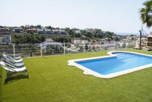 Holiday home Carrer del Puig de Bassegoda, Ferienhäuser  Calafell - big - 37