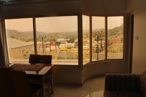 Mountain Village Villa, Vily  Al Shafa - big - 54