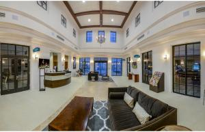 Four Bedroom Vacation Townhouse 19md86 Windsor at Westside, Holiday homes  Kissimmee - big - 13