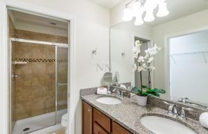 Four Bedroom Vacation Townhouse 19md86 Windsor at Westside, Holiday homes  Kissimmee - big - 37
