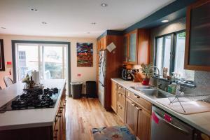 Monks House- Yale/New Haven, Prázdninové domy  New Haven - big - 15