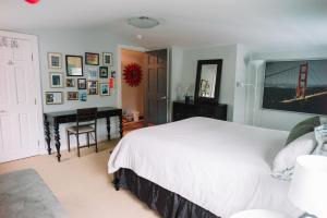 Monks House- Yale/New Haven, Prázdninové domy  New Haven - big - 14