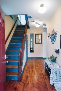 Monks House- Yale/New Haven, Ferienhäuser  New Haven - big - 13