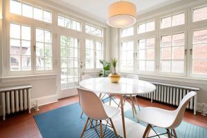 Eden House, Дома для отпуска  Торонто - big - 11