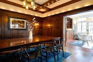 Eden House, Дома для отпуска  Торонто - big - 12