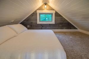Deerfield Cabins