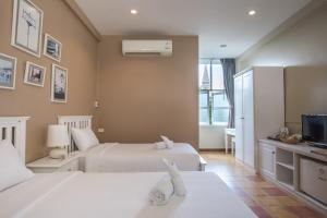 Feung Nakorn Balcony Rooms and Cafe, Hotely  Bangkok - big - 13