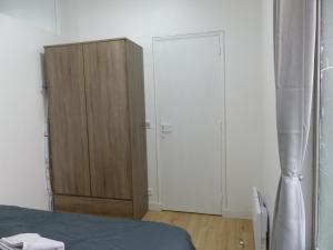 Rue Turgot Apartment, Апартаменты  Париж - big - 12