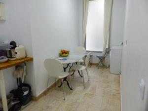 Rue Turgot Apartment, Апартаменты  Париж - big - 21