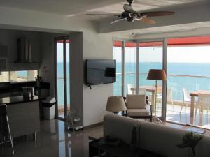 Santa Marta Hosts-SOÑADO, Apartments  Santa Marta - big - 87