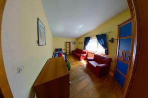 Cozy Comfortable House For Holiday, Дома для отпуска  Donji Proložac - big - 22