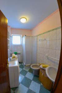 Cozy Comfortable House For Holiday, Дома для отпуска  Donji Proložac - big - 28