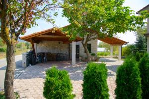 Cozy Comfortable House For Holiday, Дома для отпуска  Donji Proložac - big - 29