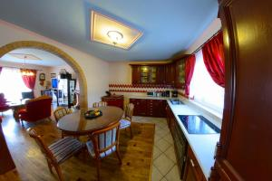Cozy Comfortable House For Holiday, Дома для отпуска  Donji Proložac - big - 32