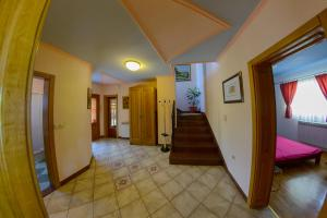 Cozy Comfortable House For Holiday, Дома для отпуска  Donji Proložac - big - 35