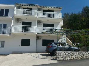 Ein bild von Apartment Podgora 12807a