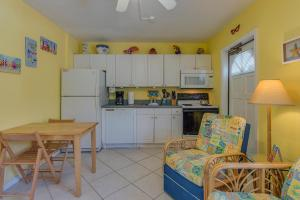 Bay Esplanade House 673 - Unit 107 Condo, Apartmány  Clearwater Beach - big - 9
