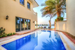 Signature Luxury Holidays - Garden Foyer Seaview - Dubai