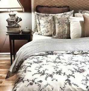Avenue Luxury Room