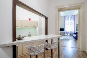 New Design Apartment - Egyetem tér(Budapest)