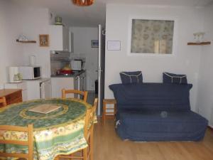 les seolanes 70, Appartamenti  Enchastrayes - big - 2