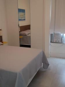 Excelente 1/4 na Barra, Apartments  Salvador - big - 8