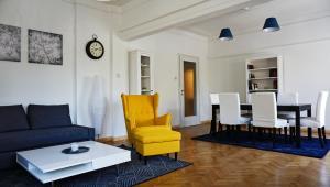 Vitosha Boulevard 79 / NDK Apartment
