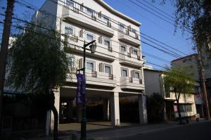 Тикусино - Purple Hotel Futsukaichi