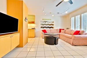 HB-319 - Huntington Happy Place Studio Apartment, Apartmanok  Huntington Beach - big - 4