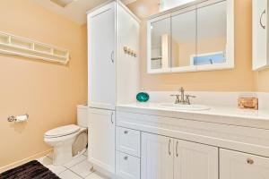 HB-319 - Huntington Happy Place Studio Apartment, Apartmanok  Huntington Beach - big - 9