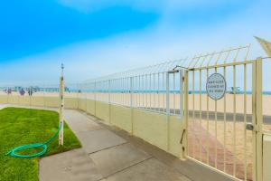 HB-319 - Huntington Happy Place Studio Apartment, Apartmanok  Huntington Beach - big - 12