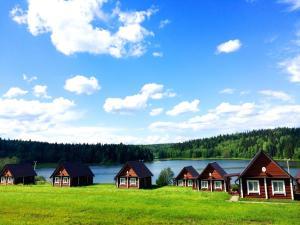 Гостиницы деревни Мостовая