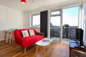 Newly Renovated 2BD in Stylish Southwark